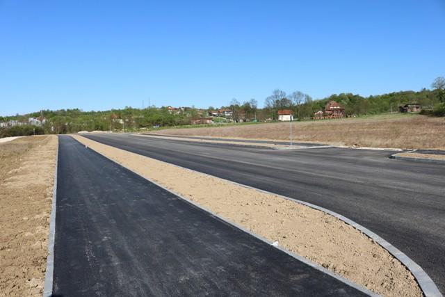 Završena saobraćajnica – Krak 7 u Industrijskoj zoni u Gradačcu